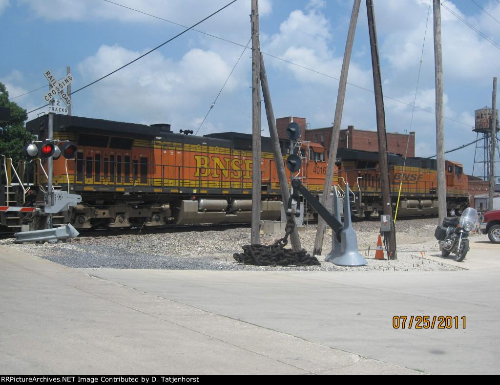 BNSF C44-9W #4016