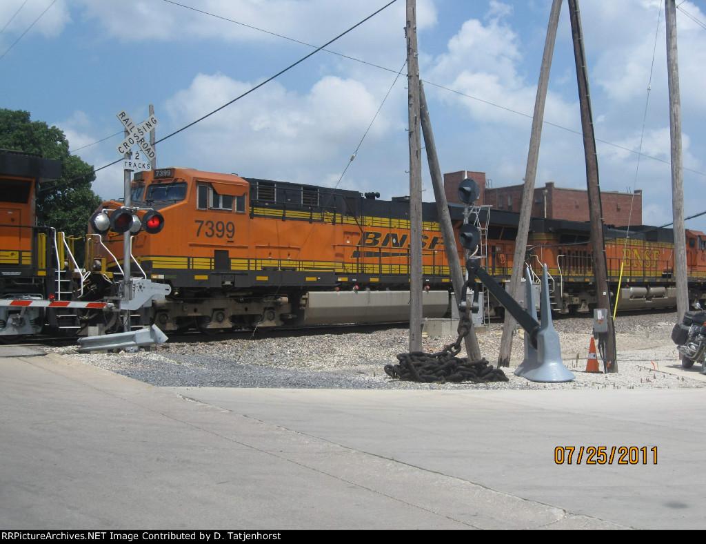 BNSF ES44DC #7399