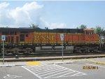 BNSF ES44DC #7675