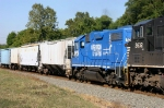 18G With Ex-Conrail/Penn Central Unit