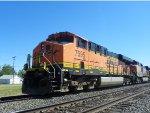 BNSF ES44DC 7595