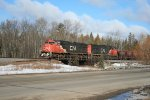CN 5731 leading southbound ore train