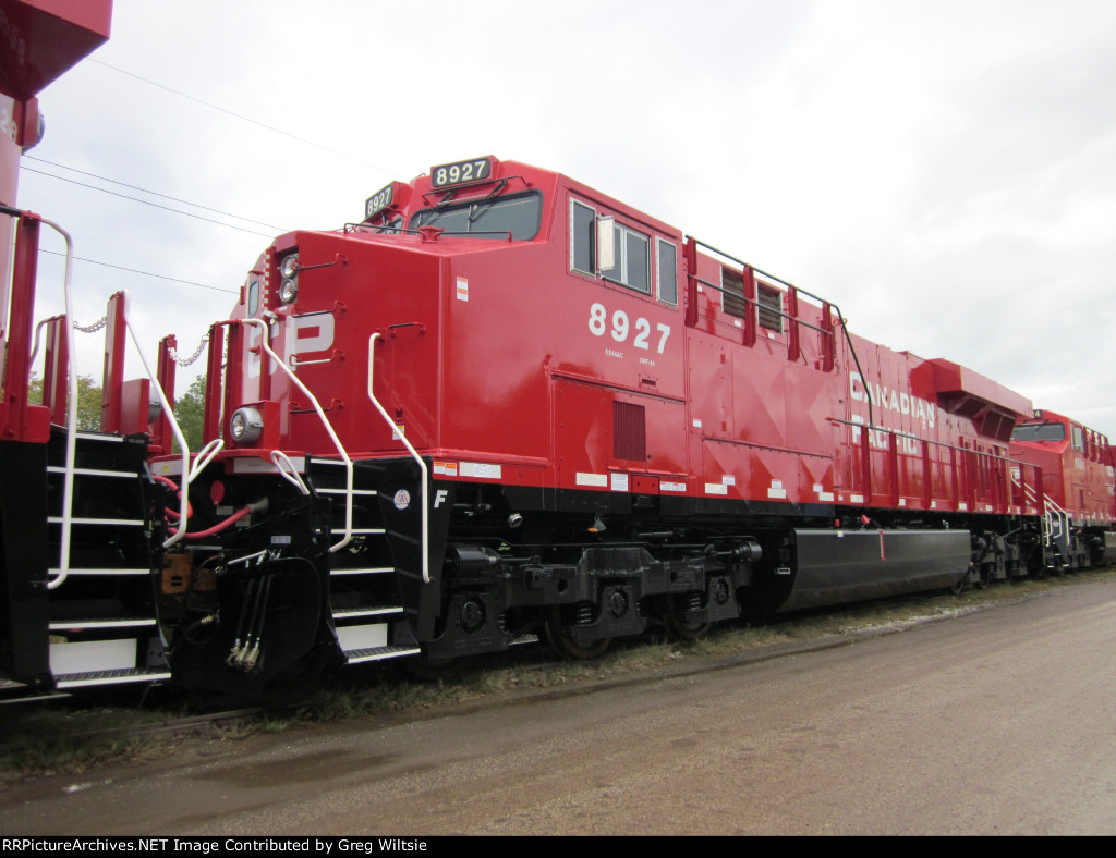 CP 8927