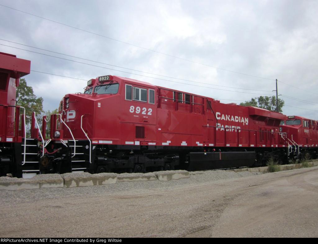 CP 8922