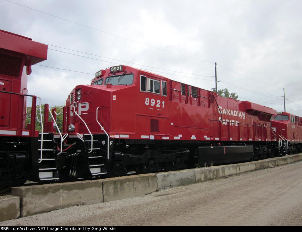 CP 8921