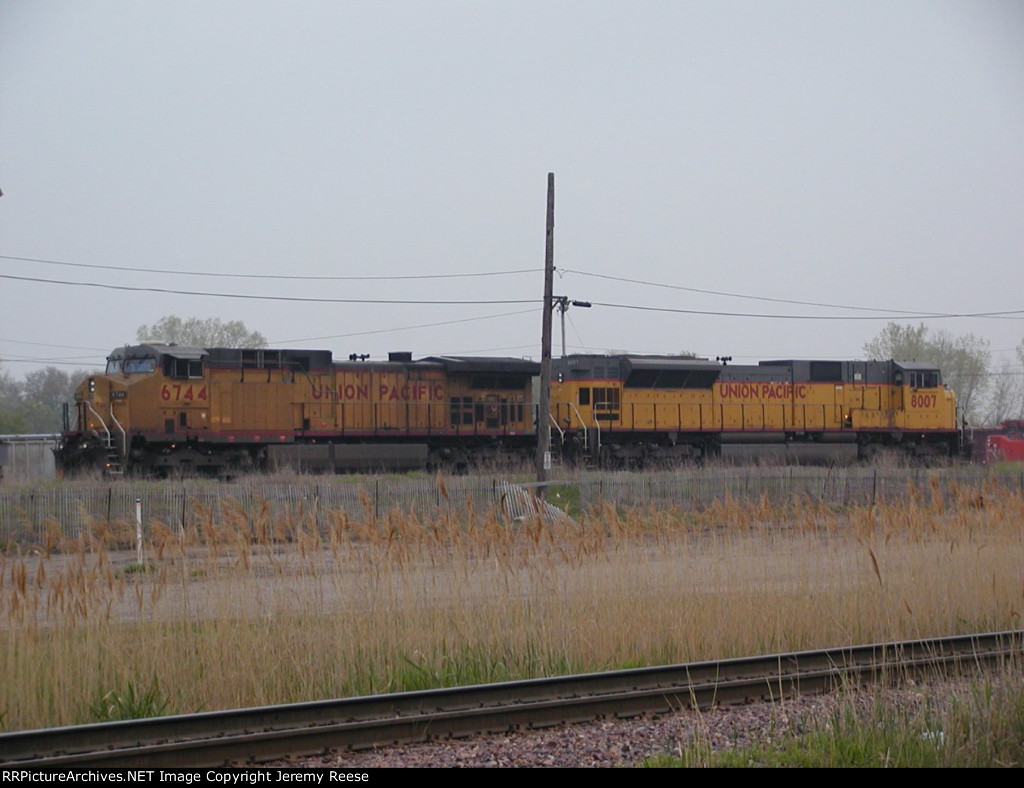 UP 8007 and 6744 coal power