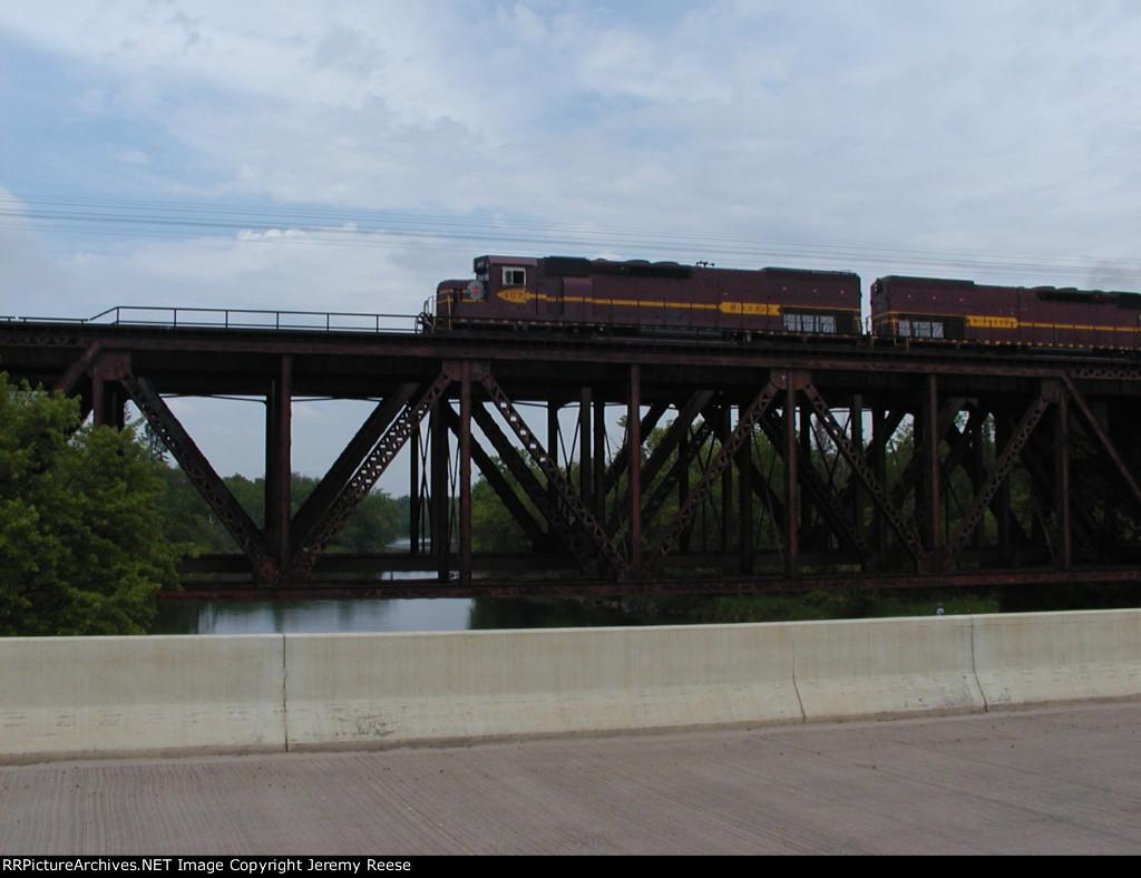 DMIR 407 crossing Cloquet River bridge
