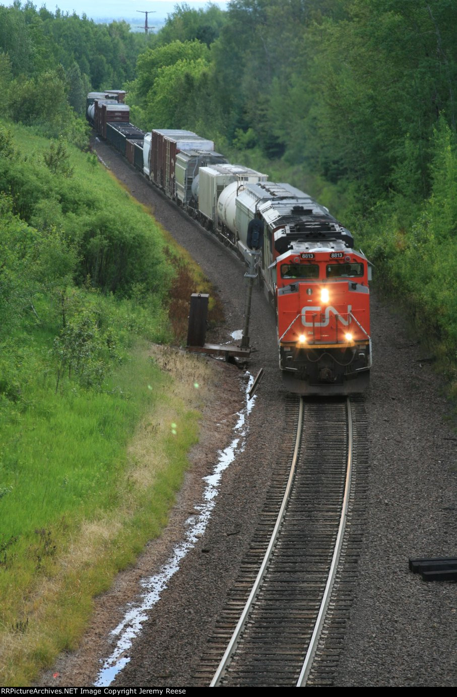 CN 8813 climbing Steelton Hill with train