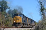 CSX 4513 SD70MAC LEADS T081