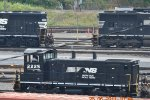 NORFOLK SOUTHERN SW1500 2225