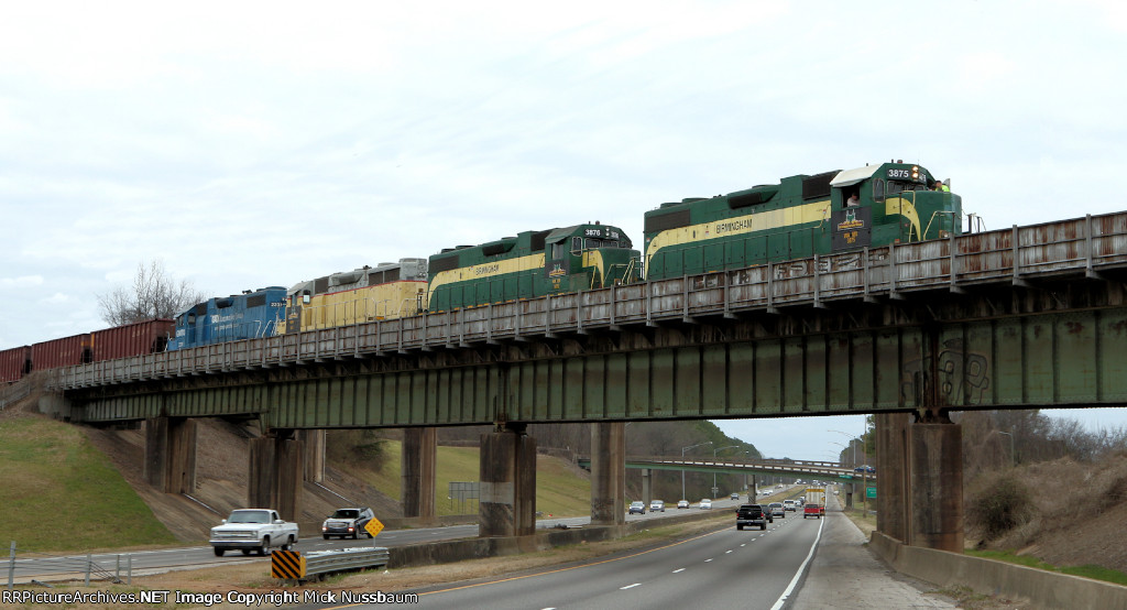 Birmingham Terminal train crossing interstate 20/59 as it comes out of Flintridge yard