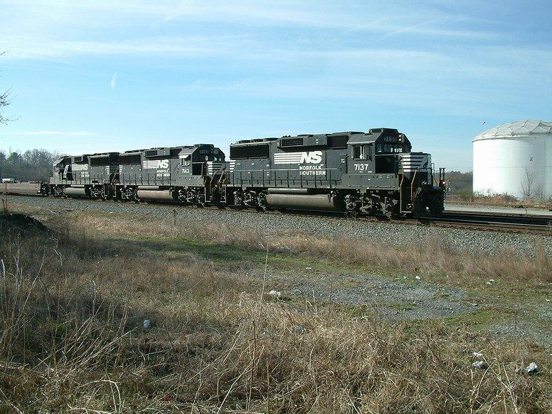 GP60 trio on train #231
