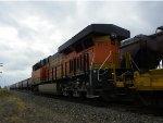 BNSF ES44C4 6713