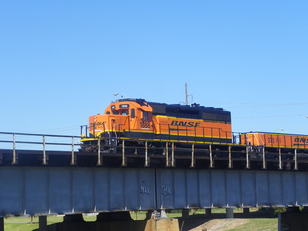 BNSF SD40-2 1888