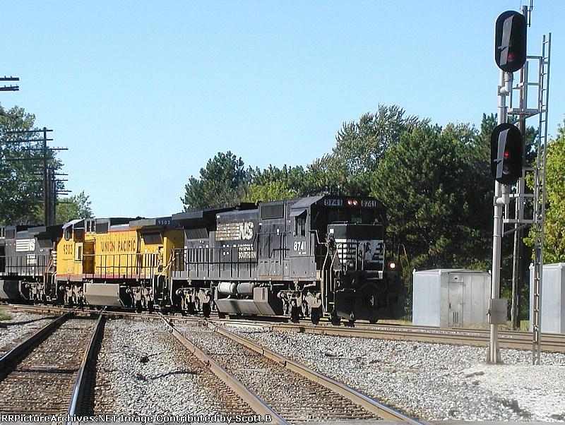NS 8741 17R