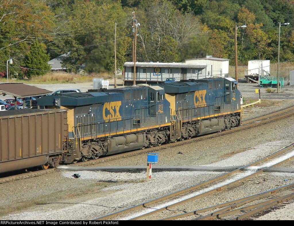 CSX 757 AND 819 (ES44AC)