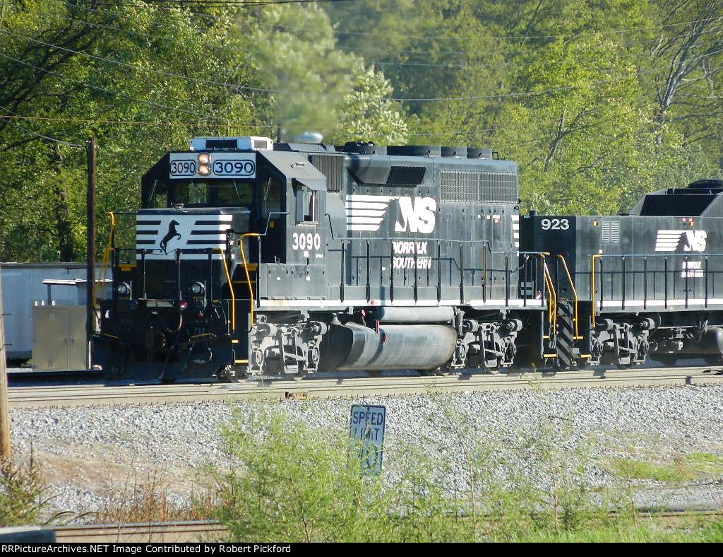 NS 5099,5040 (GP38-2)HIGH HOODS.