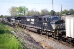 NS 9937 (C40-9W) AND 6790 (SD60M)