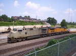 NS 9969 (C40-9W) IN PRIMER AND UP 9574 (C44-9W)