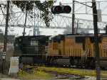 UP 4039 (SD70M) AND NS 9062 (C40-9W)