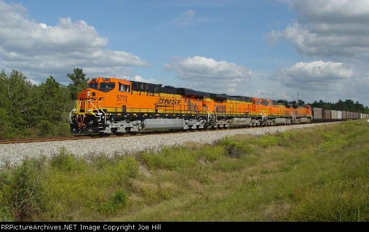 BNSF 5772 (NS #735 reroute)
