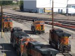 BNSF 8163 - surrounded by GE