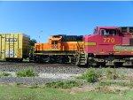 BNSF SD40-2 1888 & BNSF C44-9W 770