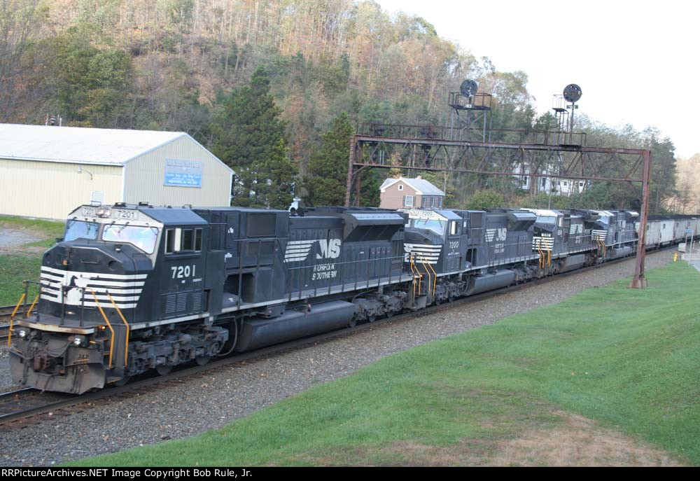 EB coal train pushers - 80Macs