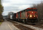 CN 2418 leads 2 more Dash 8's east