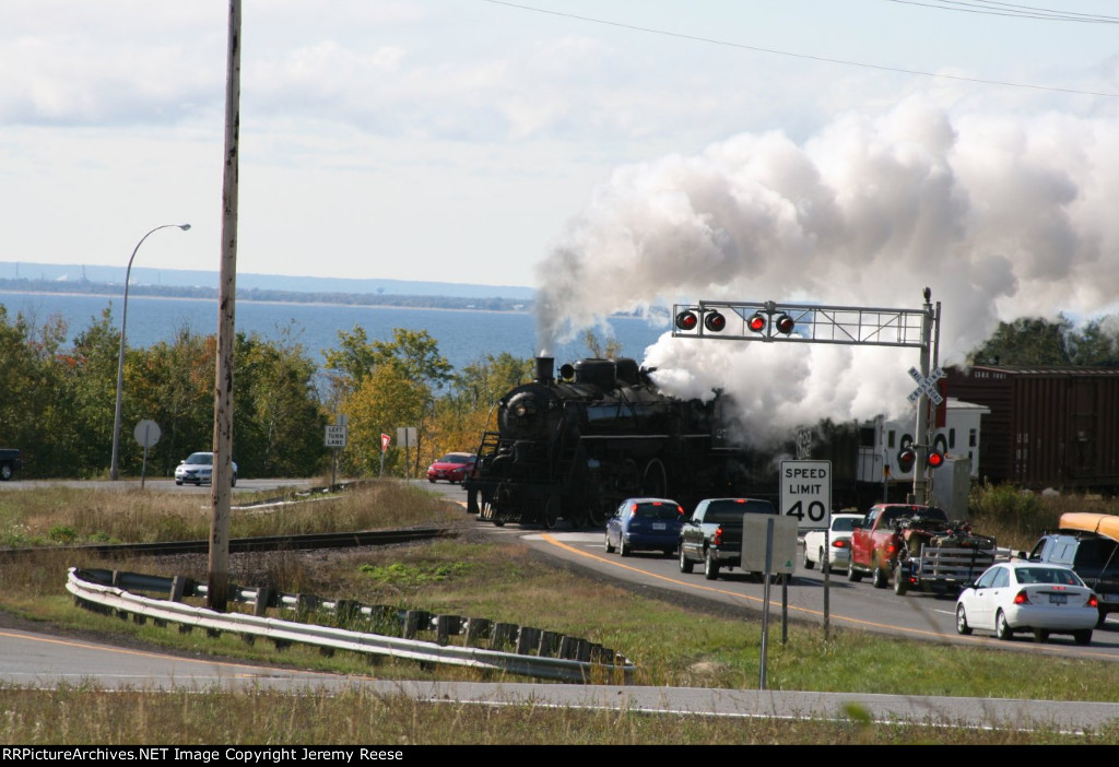 SOO 2719 steaming across HWY 61 crossing