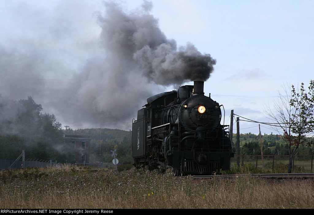 SOO 2719 steaming back to depot