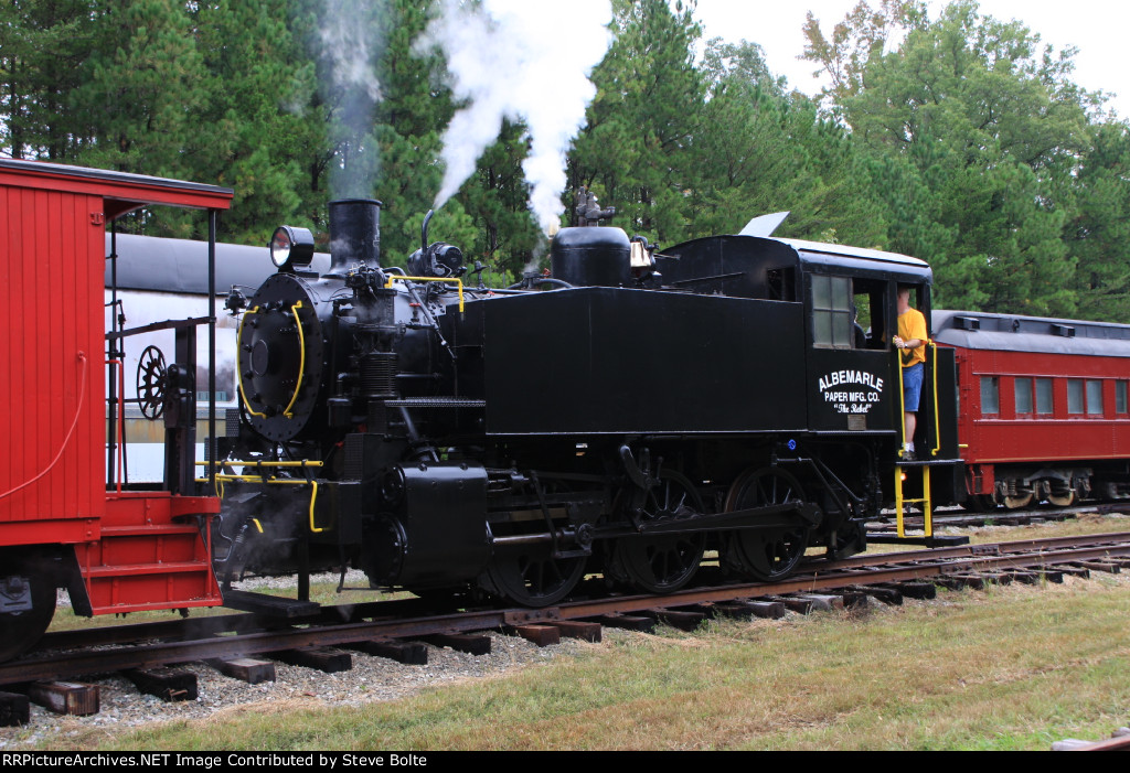 Albemarle 0-6-0 alive and well