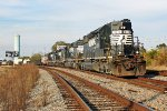 NS 3310 leading three other EMD's on P26