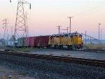 HLCX 3868 GP38-2 & UP 1450 GP40-2 Polk Yard