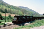 "NS 8738 leads old Southern ""Silverside"" gondolas"