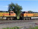 BNSF ES44C4 6609 & BNSF C44-9W 4505