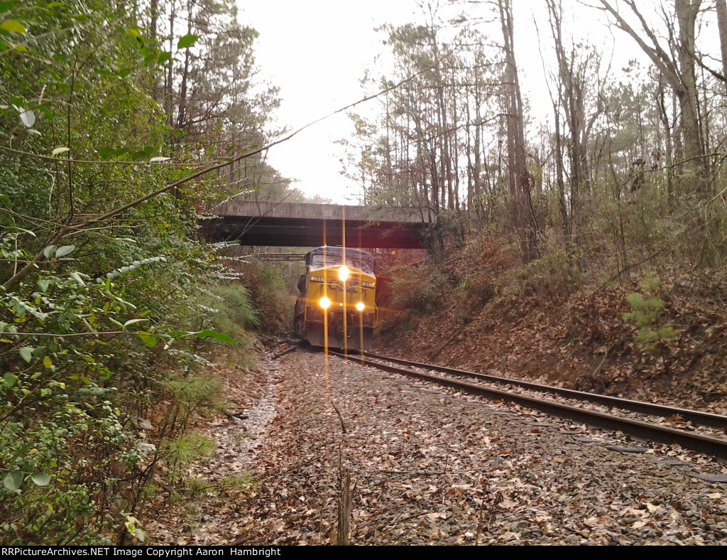 CSX on Alabama & Tennessee River Railway