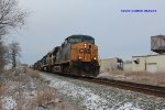 CSX 5205 leads Q574 north