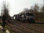 NS 18g with two Brand New NS SD70ACes