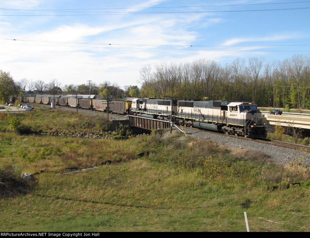 BNSF 9621 & 9423 roll east with N956-16