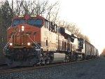 BNSF 6626 Leads Q382