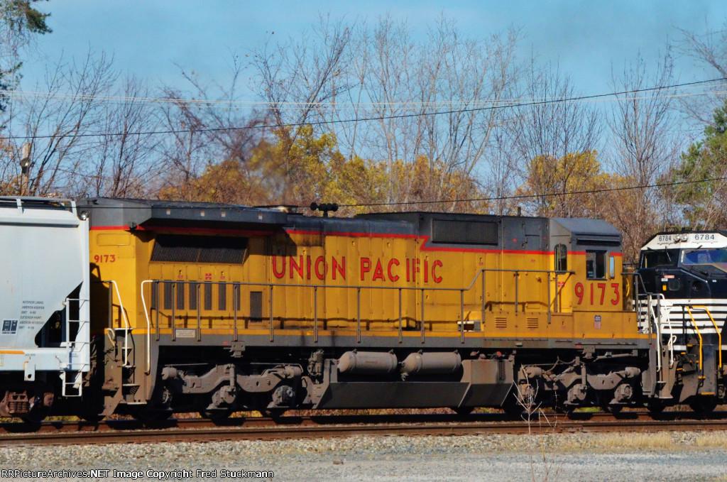 UP 9173  (2)