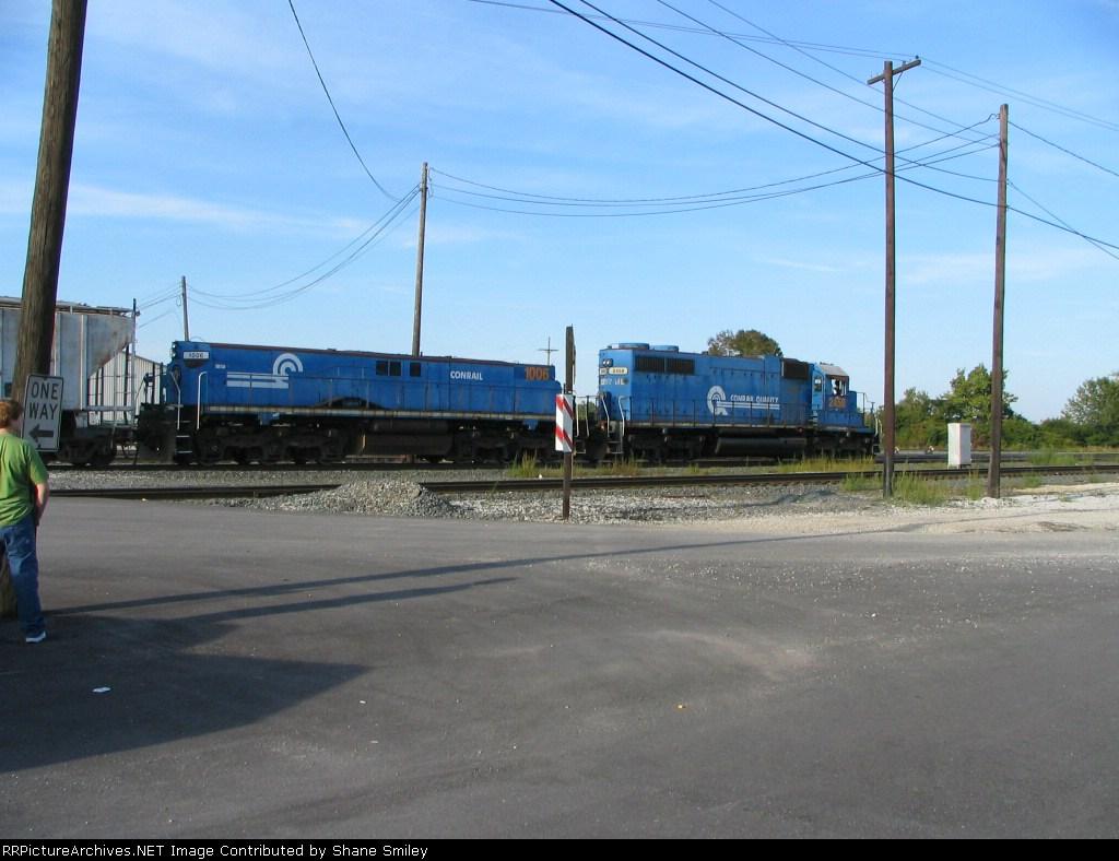 CSX 2458 and CSX 1006