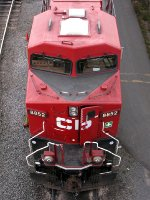 CP GE ES44AC 8852