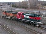 BNSF GE C44-9W 1046 & FXE EMD SD70ACe 4061