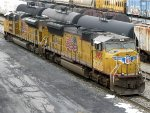 UP EMD SD70ACe 8592 & EMD SD70M 3955