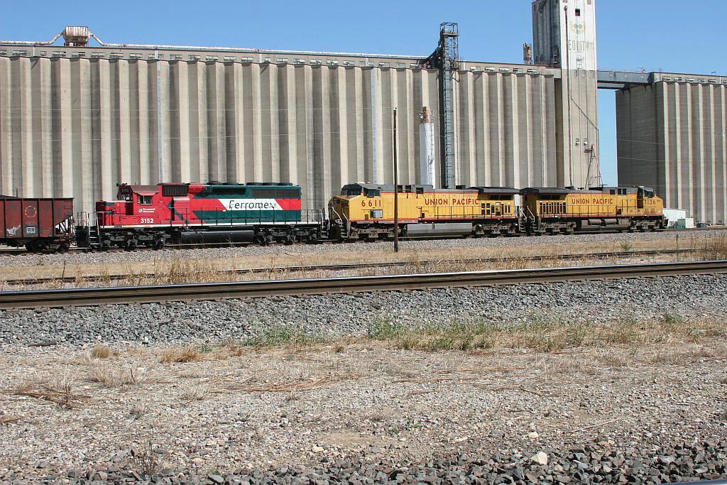 FXE 3152 on UP coal Train