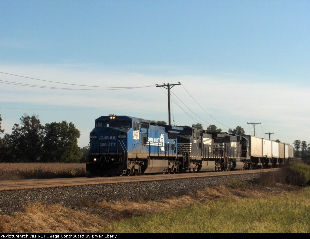 NS 8417 leads an intermodal