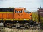 BNSF ES44DC 7411