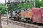 NS 9590 with BNSF 5137
